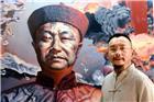 当代著名艺术家陈可之在自己绘制的第一代中国海军英烈邓世昌油画
